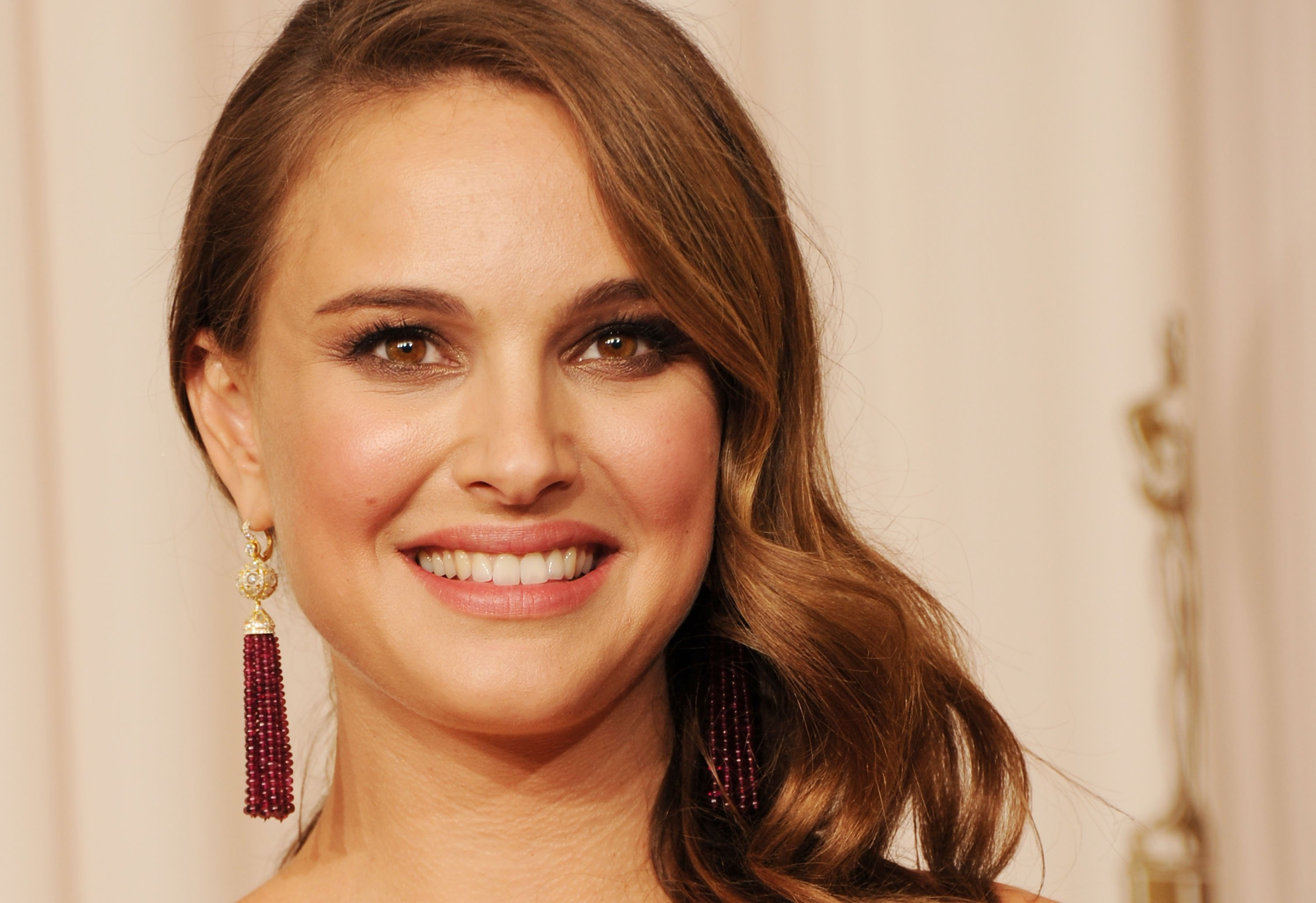 Natalie Portman Will Star In Ruth Bader Ginsburg Biopic Above The Law