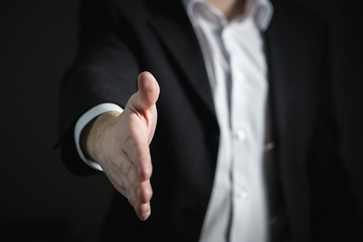 How Senior Partners Can Help Associates Market