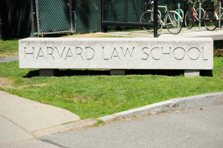 Harvard Law Goes Fully Remote For Fall 2020: Will Other Law Schools Follow Suit And What It Means for Applicants
