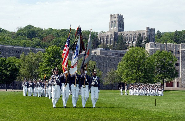 800px-USMA_Color_Guard_on_Parade