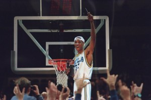 26 Mar 1995: UCLA FORWARD ED O''BANNON CELEBRATES BY CUTTING HIS PART OF THE NET AFTER THE BRUINS 102-96 WIN OVER UCONN IN THE NCAA WEST REGIONAL FINAL AT THE OAKLAND COLISEUM IN OAKLAND, CALIFORNIA.