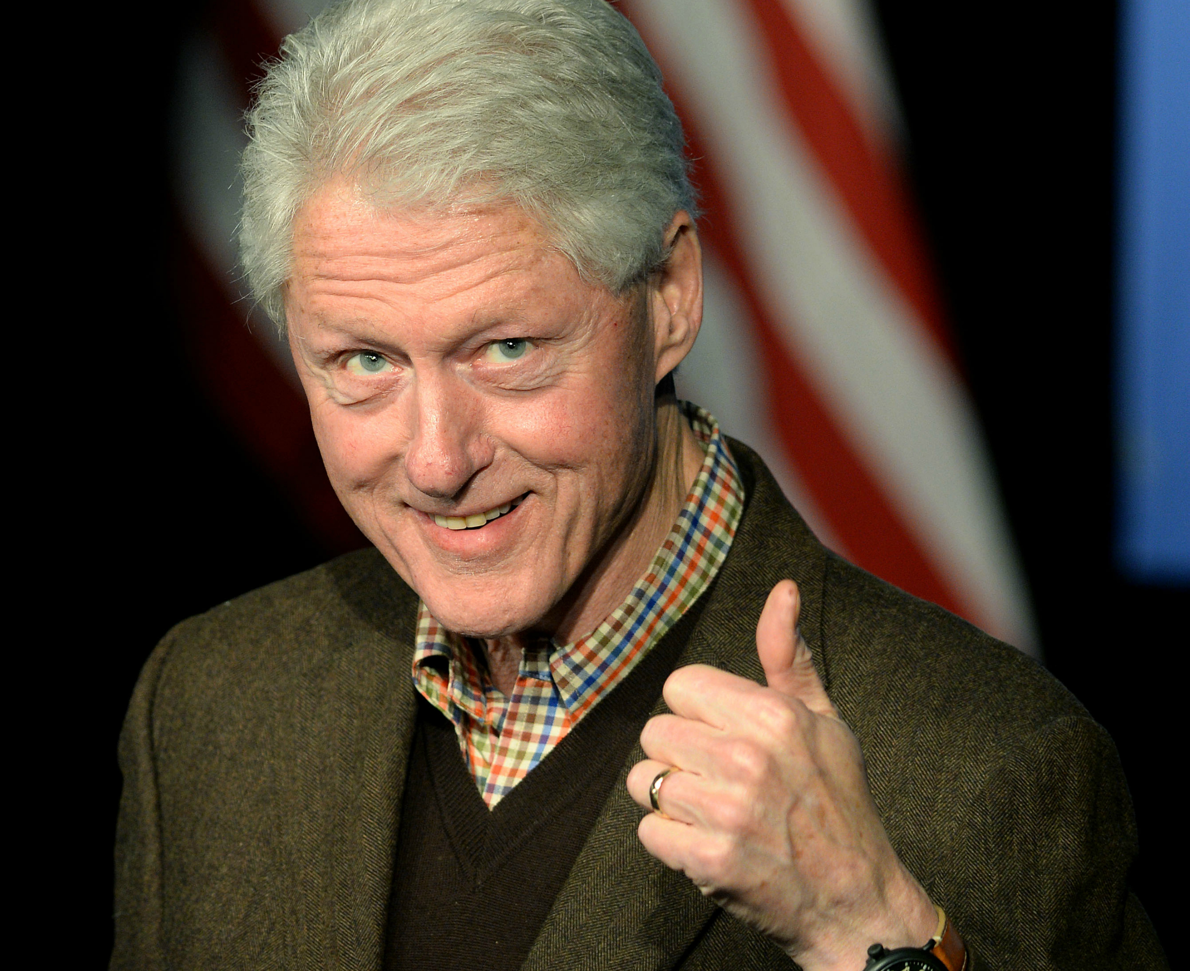 This Does Nothing To Dispel The Bill Clinton As A Creeper